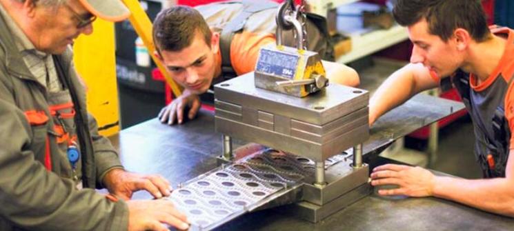 İşletmeler için atıl zaman ve makineler eğitim için mükemmel fırsatlar yaratır.