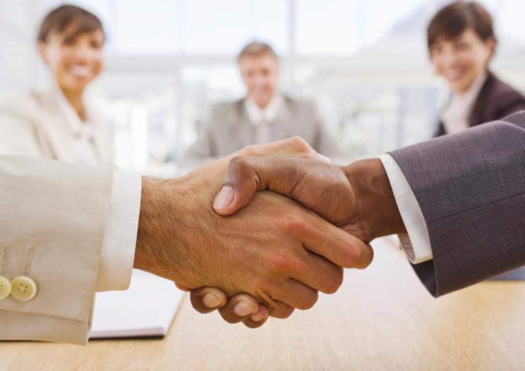 Kurumları çalışanlarıyla beraber geliştirmek isteyen işletme yöneticileri için bir strateji önerisi.